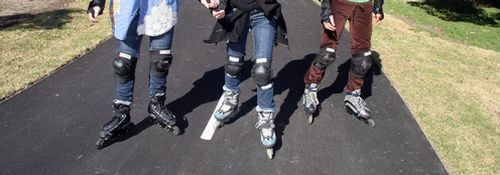 Rollerblading the right way, with safety gear!